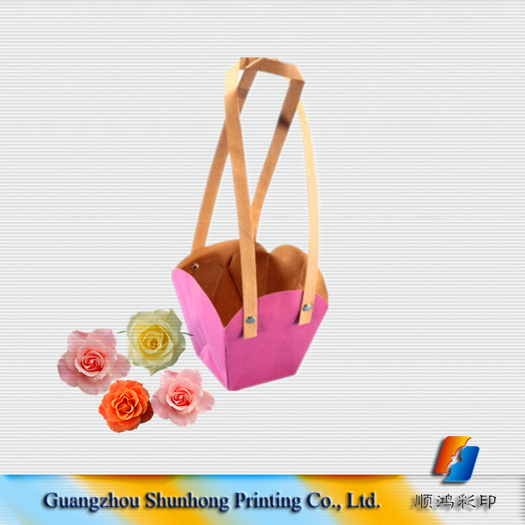 Custom Size Flower Pouches With Flat Handle / Pot Plants Kraft Paper Bags Wholesale