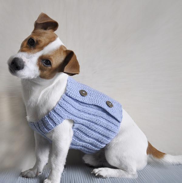 Xl Dog Sweater Knitting Pattern : Three buttons knitting patterns for dog clothes sweater