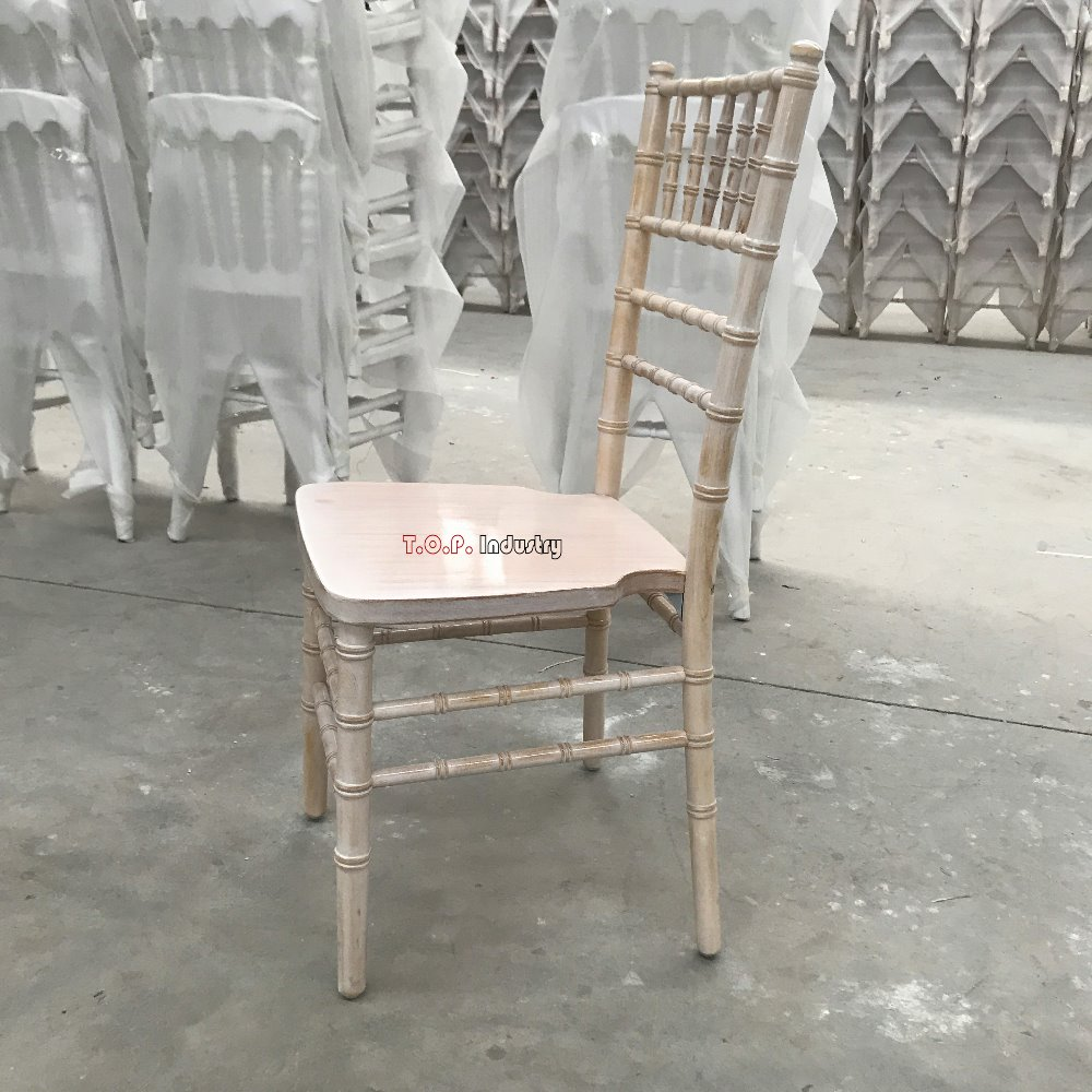 Rental Stackable Wooden or PP/PC Plastic Chiavari Event Chairs