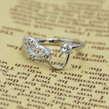 Personalized Design Lip Shaped Wholesale CZ Stone Silver Jewelry Ring