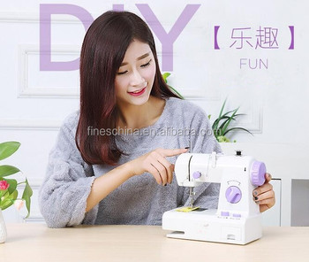 Home using small mini electric sewing machine 208
