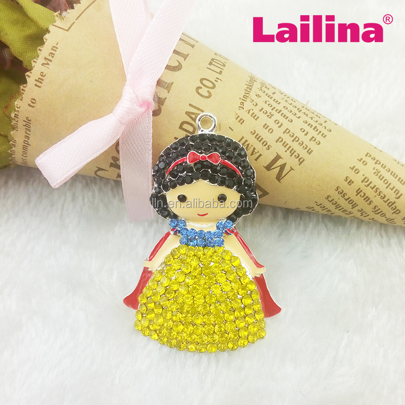 Cheap Customized High Quality Snow White Princess Jewelry Rhinestone Princess Pendan For Necklace/Charm