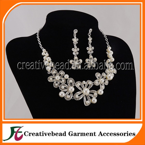 2017 Hot Selling New Design Pearl Chain Necklace Designs for Bridal accessories