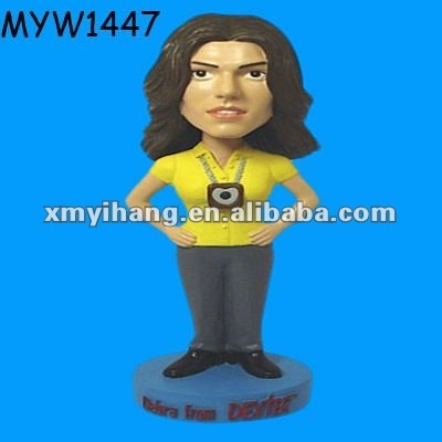 New hot sale birthday presents mothers day gifts decoraton for sale resin cheap customized bobbleheads
