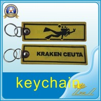 Factory price delicate embroidery keyrings custom patch keychain