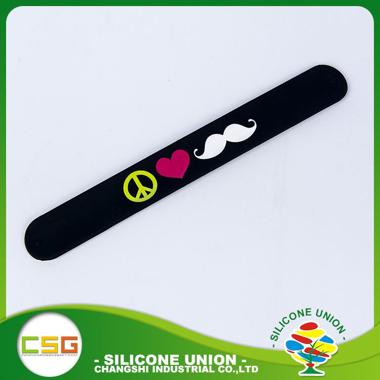 Best ultrathin custom ad logo silicone slap board wristband