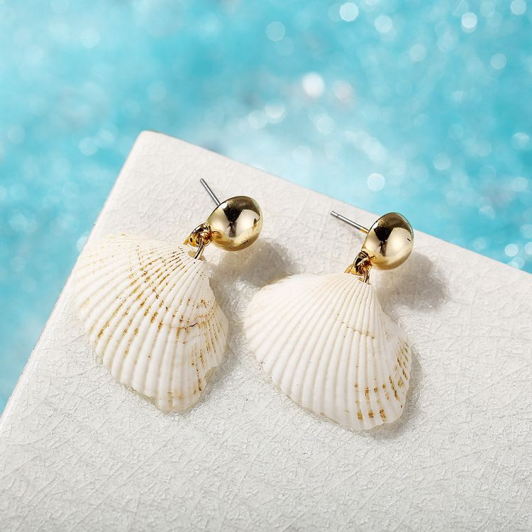 Fashion Jewelry Gold Bead White Shell Earrings New Marine Sea Scallop Drop Earrings For Women