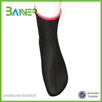 China Factory breathable punching holes neoprene adult anti slip sock