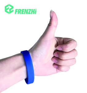 Highly effective and waterproof silicone mosquito repel band