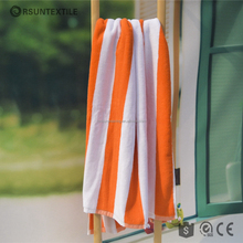 Wholesale Embroidery Yarn Dyed Satin Stock Cheap Quick Dry 100% Cotton Custom Cooling Stripe Beach Towel