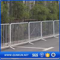 Remote Wrough Use Galvanised Traffic Temporary Concert Crowd Control Barrriers Fence