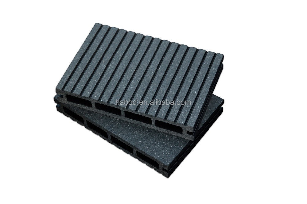 High quality wood plastic composite decking
