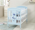 2016 hot sale baby crib was made by E1 MDF board for baby furniture