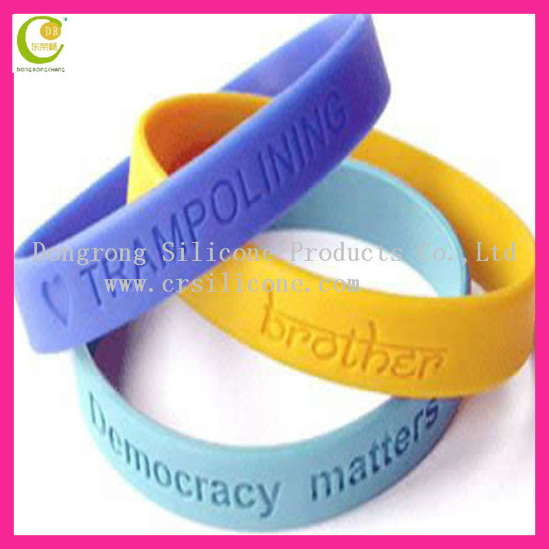 High Quality Custom Silicone Bracelet with Debossed Text,Cheap Custom Friendship Bracelets High Quality Bracelets