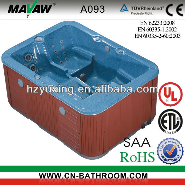 One Three-person Outdoor Whirlpool Spa A093