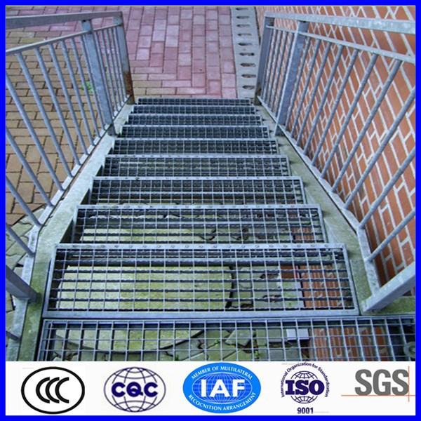Alibaba chine galvanis fer escaliers pour l 39 ext rieur for Escalier galvanise prix
