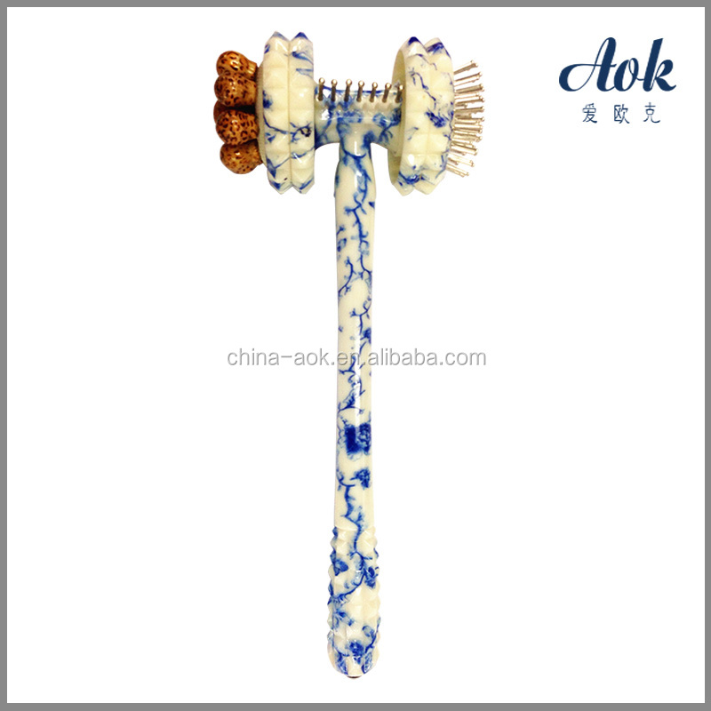 Blue and white porcelain pattern massager