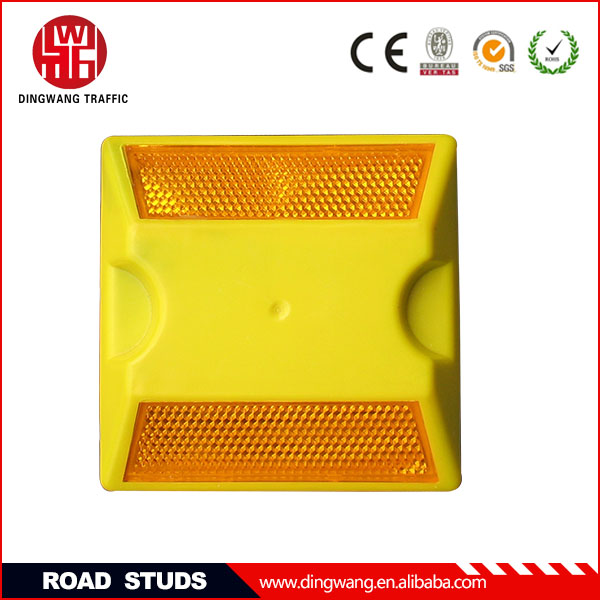 DINGWANG High quality Plastic Reflective Road Spikes