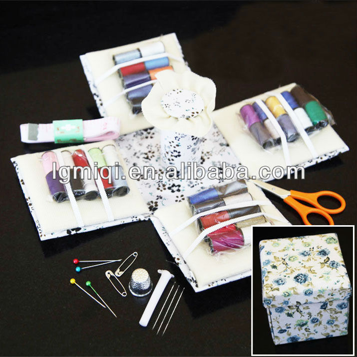 fabric folding deluxe sewing kit