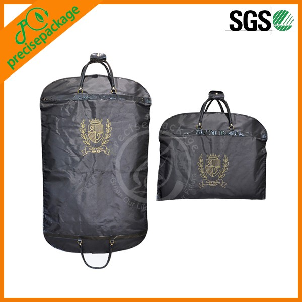 Top quality durable 600D folding zippered suit cover