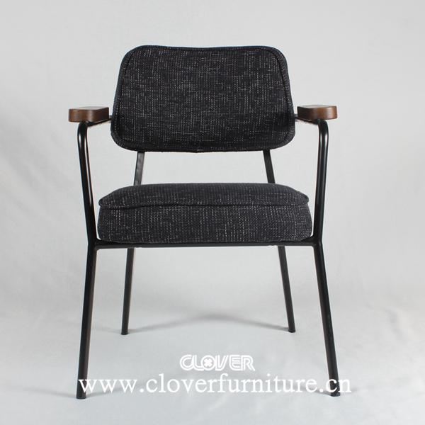 jean prouv fauteuil direction chaise ca194 chaises en. Black Bedroom Furniture Sets. Home Design Ideas