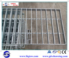 Guangzhou factory galvanized sidewalk drain grate with opening 30*100mm
