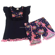 Baby girls 2pcs ruffle clothing set wholesale online factory cheap flutter sleeve top match pom pom shorts boutique outfits new