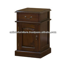 Mahogany Colonial Bedside Table 1 Door and 1 Drawer