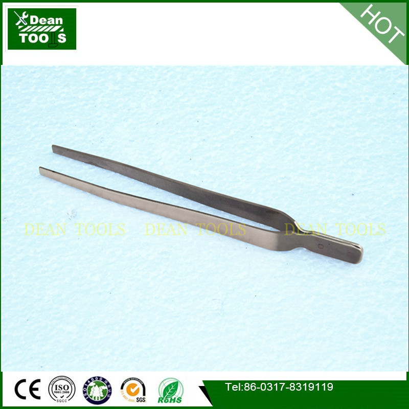 Non sparking non magnetic tweezer