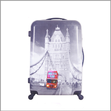 2016 hot popular colorful hardshell leisure international luggage 3piece trolley luggage set