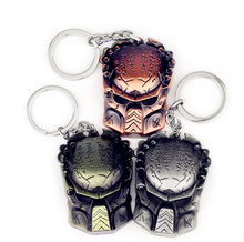 Movie Series Horror Aliens V Predator Key Chain AVP Key Rings Holder For Gift Chaveiro Car Keychain Jewelry Movie Game Souvenir