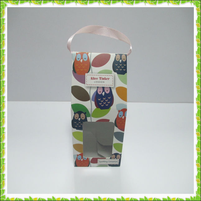 Ribbon handle lovely carton painting packing box with window