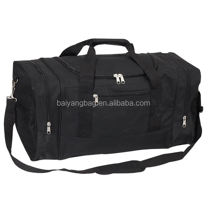 Luggage Sporty Gear Bag - Large Spacious main compartment with zippered clamshell opening