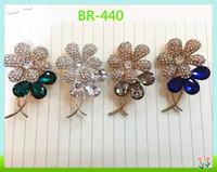 fashion funny crystal brooch,crystal flower brooches and pins