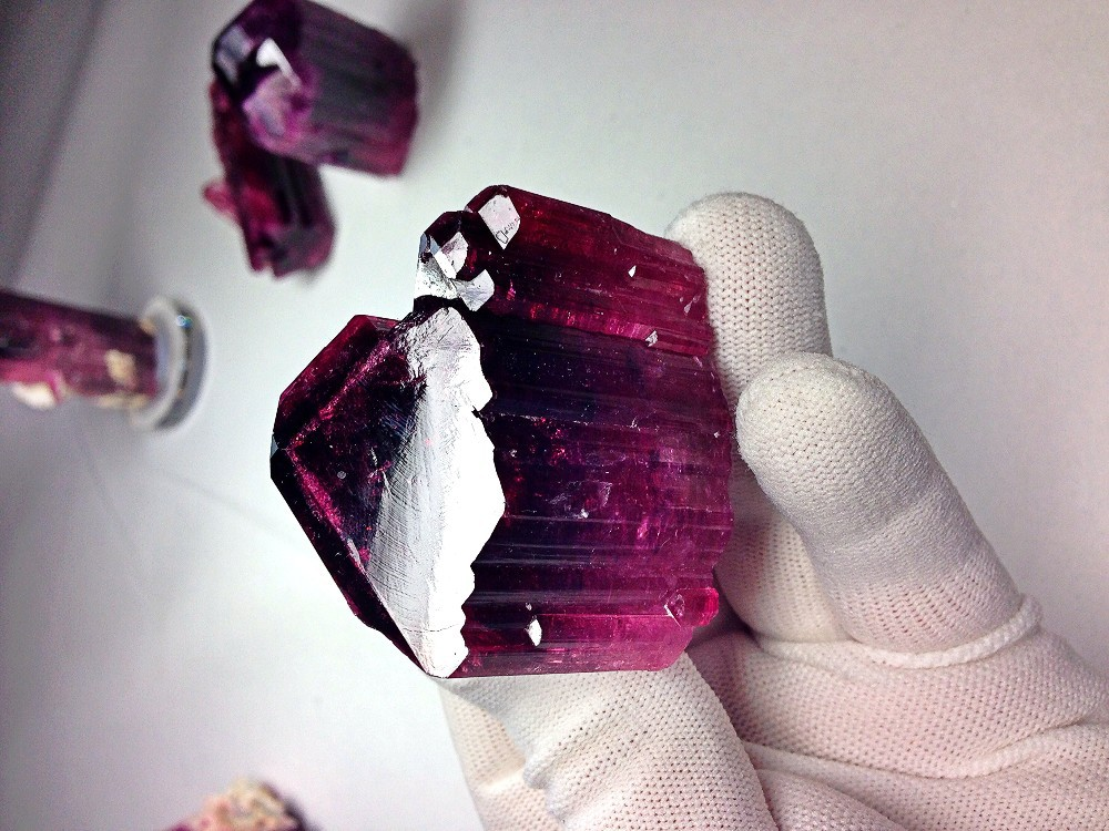 Tourmaline crystals , 200-1000g piece!