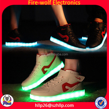 China factory wholesale Sneakers Hot Sale Battery Sneakers Fashion Men