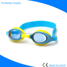 Kids Swim Goggles, Swimming Glasses for Children and Early Teens from 3 to 15 Years Old, Anti-Fog UV, Waterproof