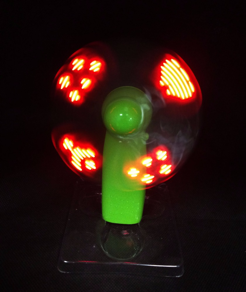 Electric fan style hand toy LED spinner flashing spinner flashing toy for kids