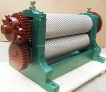 made in China beeswax foundation machine for making beeswax comb foundation manual type beeswax foundation mill