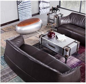 Top leather sofa set with metal structure and solid wood legs sofa furniure