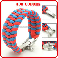 different types of paracord bracelet with logo