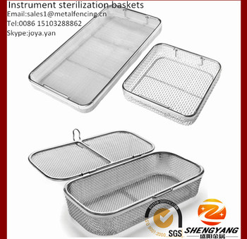 Eco-friendly stainless steel surgical trays with drop handle mesh sterile trays with lid small instrument sterilization baskets