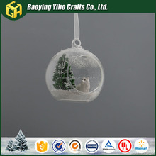 Factory hot sale hanging glass opening Christmas ball with snow