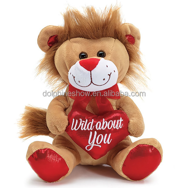 2018 NEW Valentine day gift idea brown lion plush toy Fashion custom pretty soft stuffed plush lion with red heart