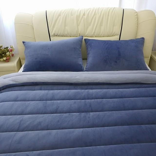 Oeko-Tex Certification Wholesaler Luxury 100% Cotton and Polyester filled Island Plush Comforter/Duvet/Bedding Set