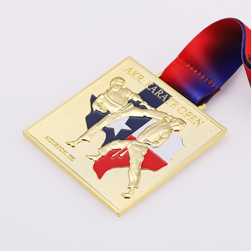 3D design Customized alloy gold enamel National flag award sports Karete metal medals