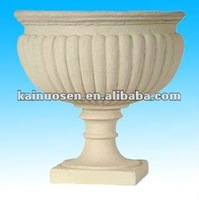 Decorative resin urns