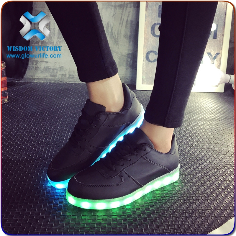 christmas led shoes Unisex 7 color changing led light shoes,led unisex flashing shoes