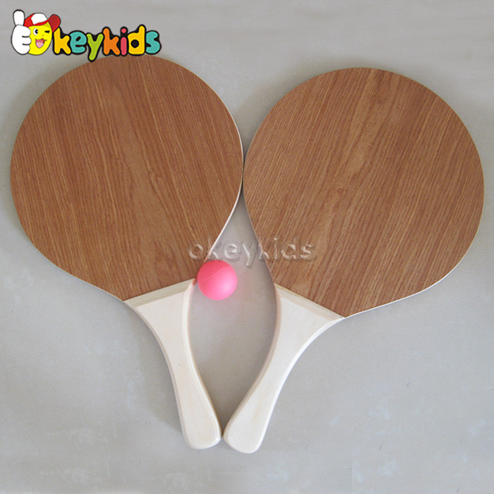 Wholesale interesting wood color wooden beach racket set toy play outdoor W01A108