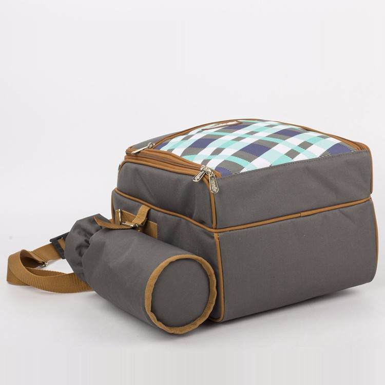2 Person Picnic Bag with cooler compartment/carrying handle/wine holder